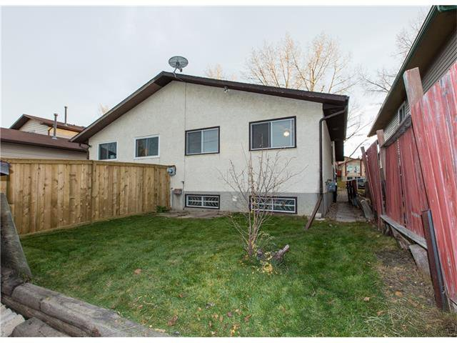 Photo 17: Photos:  in Calgary: House for sale : MLS®# C4088461