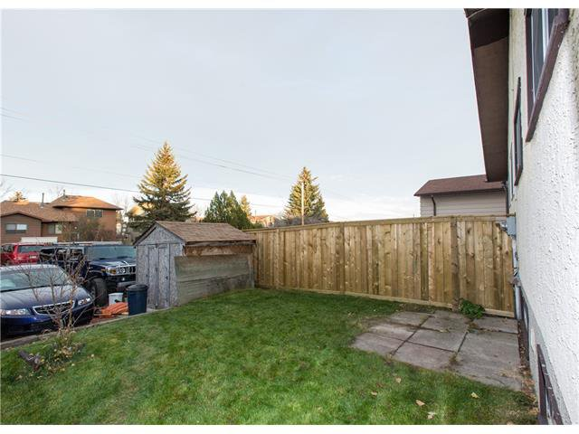 Photo 18: Photos:  in Calgary: House for sale : MLS®# C4088461