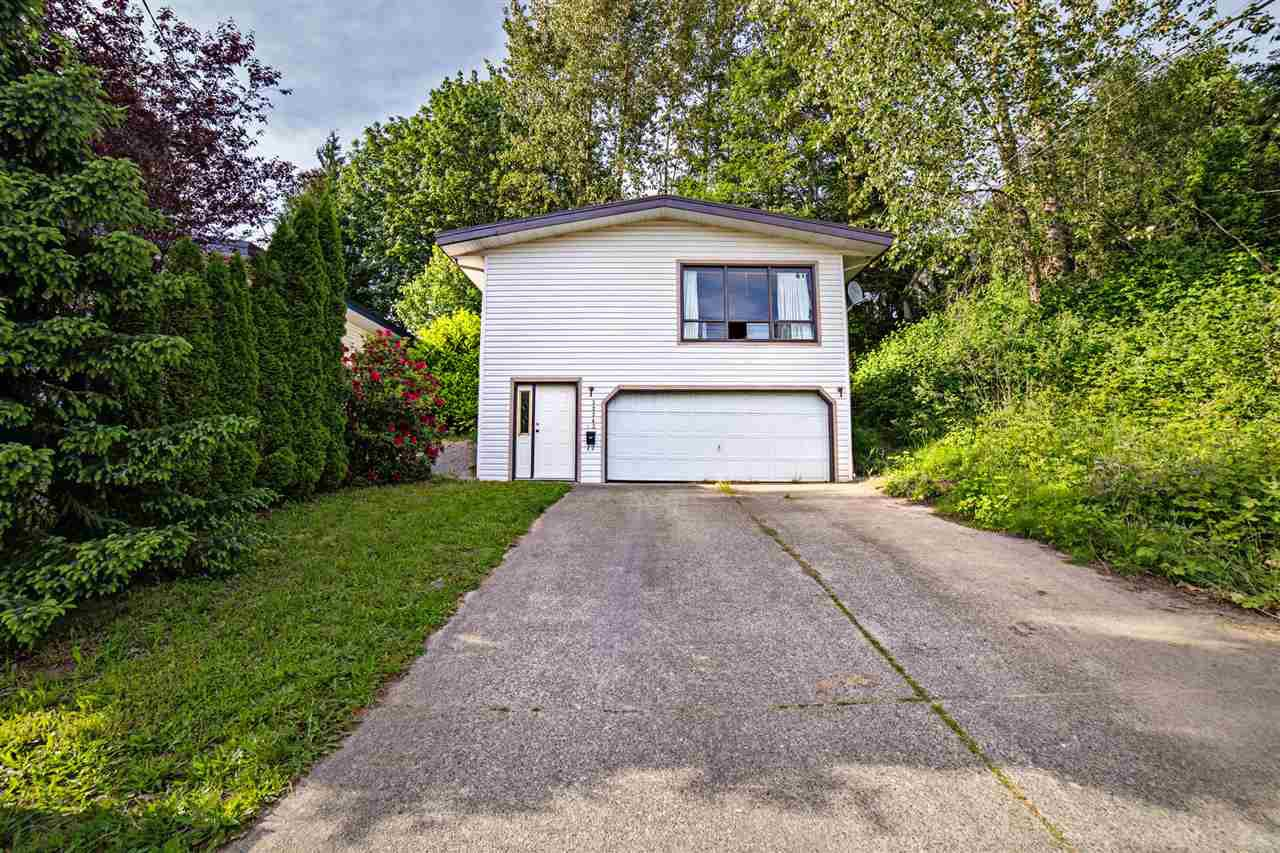 Main Photo: 32343 14TH Avenue in Mission: Mission BC House for sale : MLS®# R2172011