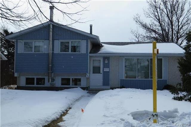 Main Photo: 238 Hazelwood Avenue in Winnipeg: Meadowood Residential for sale (2E)  : MLS®# 1806162