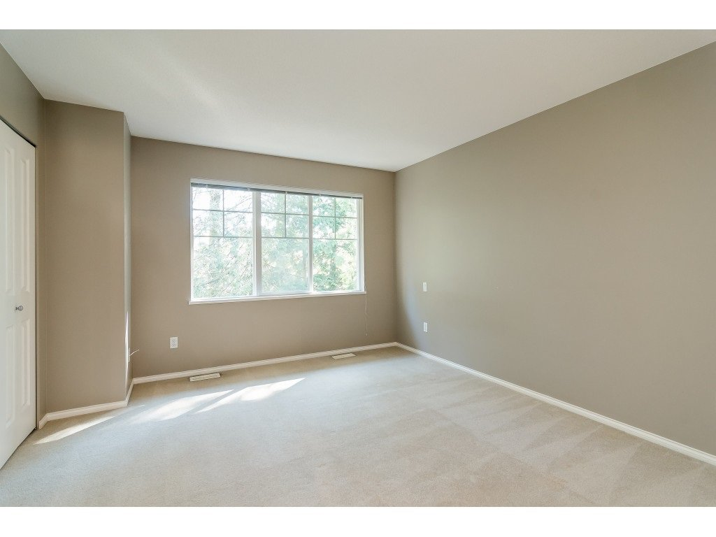 "Main Photo: 62 20176 68 Avenue in Langley: Willoughby Heights Townhouse for sale in ""STEEPLECHASE"" : MLS®# R2351863"