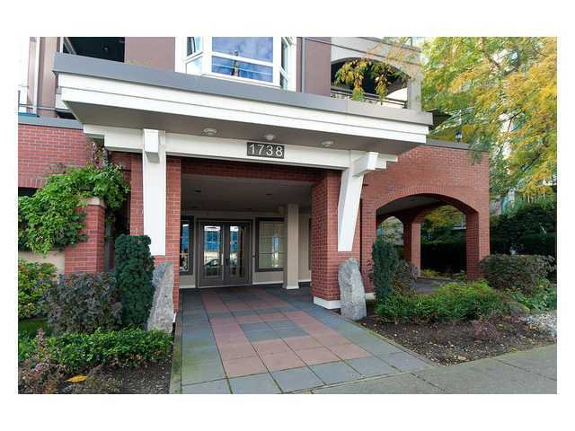 """Photo 2: Photos: 208 1738 ALBERNI Street in Vancouver: West End VW Condo  in """"ATRIUM ON THE PARK"""" (Vancouver West)  : MLS®# V879698"""
