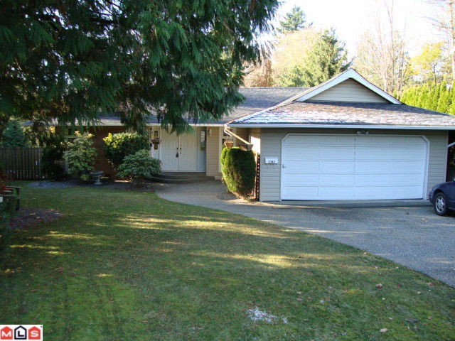 """Main Photo: 2347 MIRAUN in Abbotsford: Abbotsford East House for sale in """"MCMILAN"""" : MLS®# F1128226"""