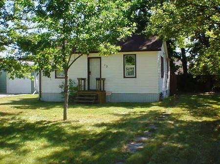 Main Photo: 12 Wingham Avenue: Residential for sale (St. Vital)  : MLS®# 2715181