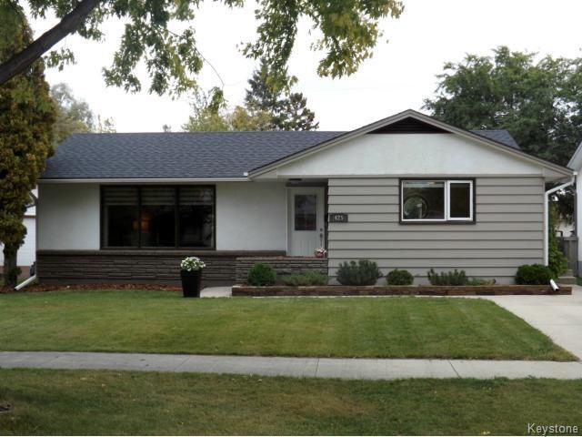 Main Photo: 425 Greenacre Boulevard in WINNIPEG: Westwood / Crestview Residential for sale (West Winnipeg)  : MLS®# 1321784