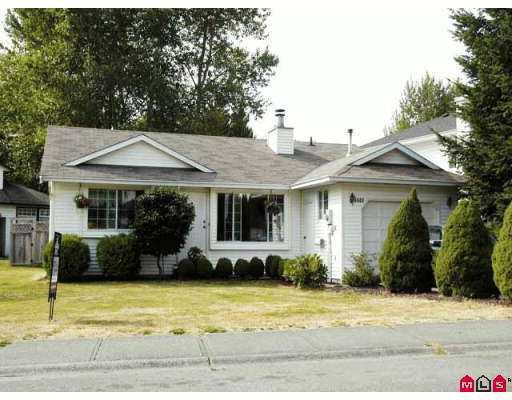 Main Photo: 9449 215A ST in Langley: Walnut Grove House for sale : MLS®# F2618668