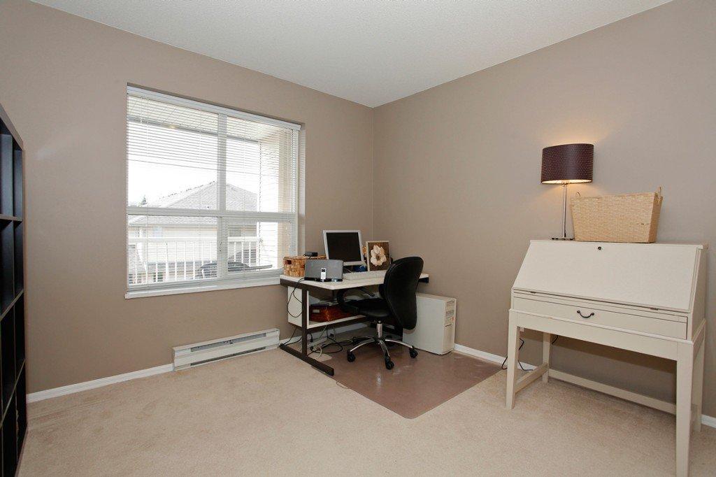 "Photo 23: Photos: 311 20200 54A Avenue in Langley: Langley City Condo for sale in ""MONTEREY GRANDE"" : MLS®# F1436676"