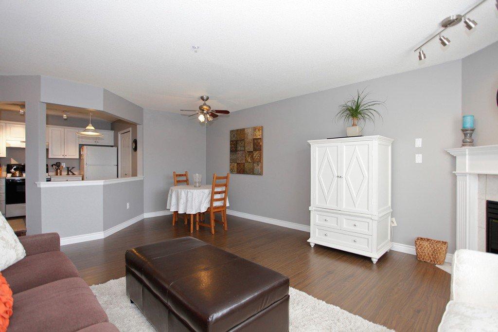 "Photo 9: Photos: 311 20200 54A Avenue in Langley: Langley City Condo for sale in ""MONTEREY GRANDE"" : MLS®# F1436676"