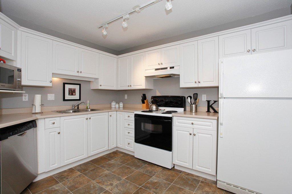 "Photo 13: Photos: 311 20200 54A Avenue in Langley: Langley City Condo for sale in ""MONTEREY GRANDE"" : MLS®# F1436676"