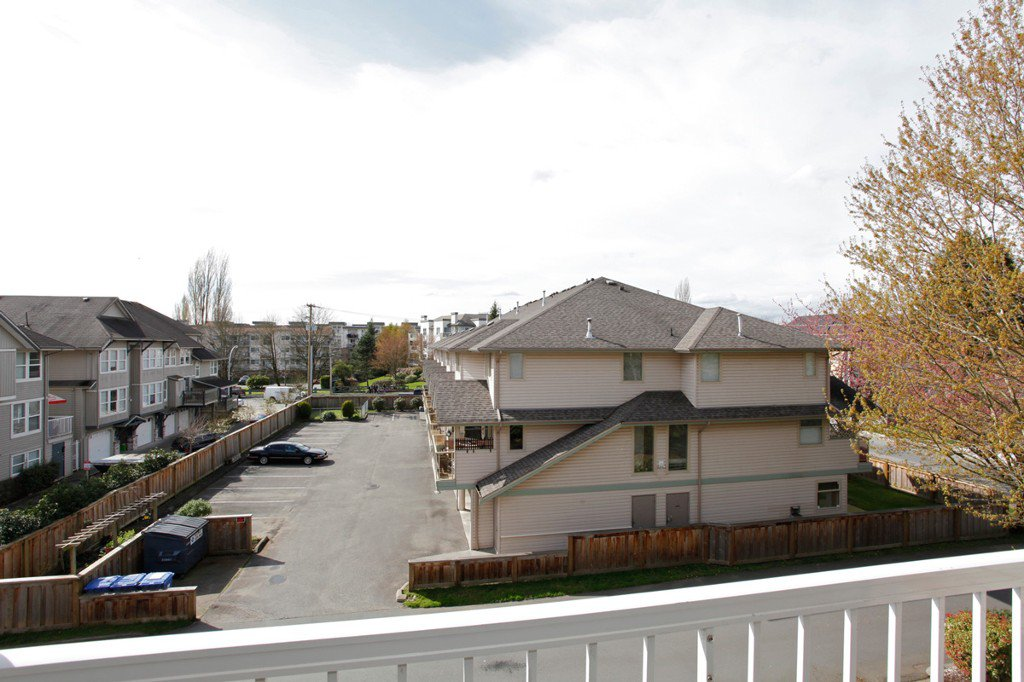 "Photo 28: Photos: 311 20200 54A Avenue in Langley: Langley City Condo for sale in ""MONTEREY GRANDE"" : MLS®# F1436676"