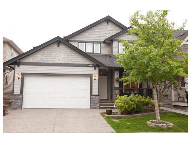 "Main Photo: 7286 196A Street in Langley: Willoughby Heights House for sale in ""Mountainview Estates"" : MLS®# F1441283"