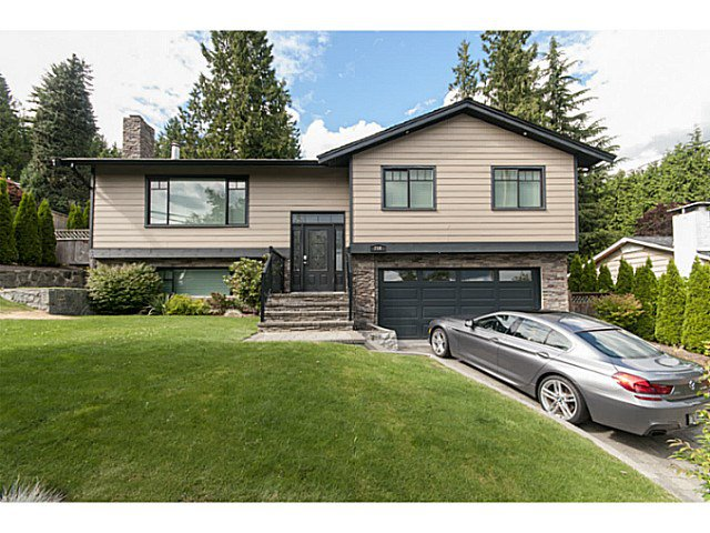 Main Photo: 716 E 29TH Street in North Vancouver: Princess Park House for sale : MLS®# V1136834