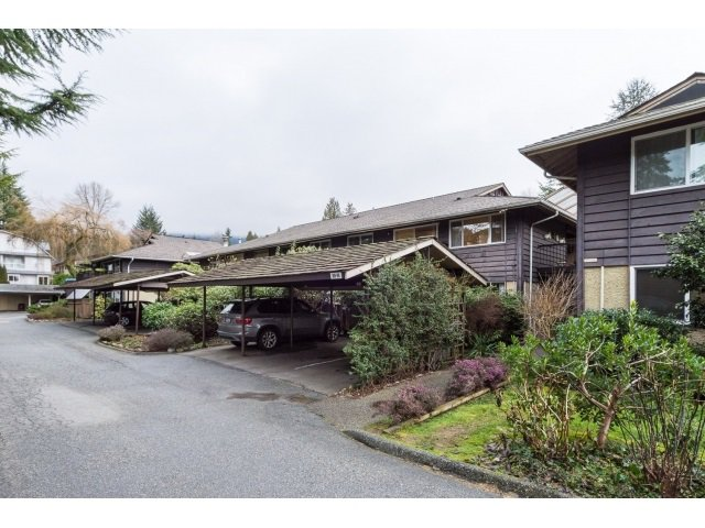 "Main Photo: 911 555 W 28TH Street in North Vancouver: Upper Lonsdale Condo for sale in ""CEDAR BROOKE VILLAGE"" : MLS®# R2027545"