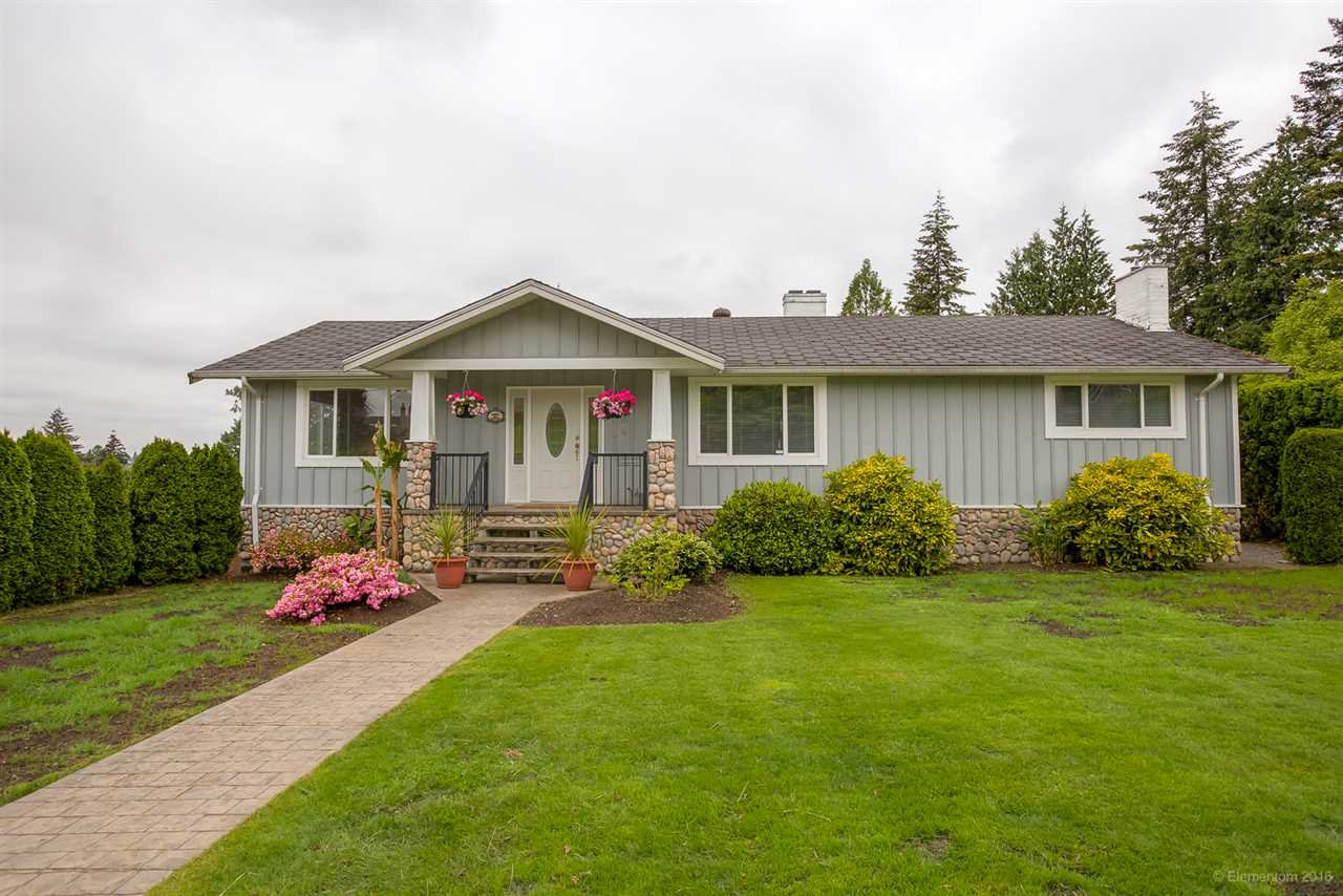 Main Photo: 384 WALKER Street in Coquitlam: Coquitlam West House for sale : MLS®# R2070341
