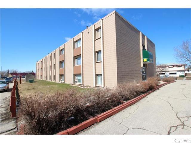 Main Photo: 90 Marlow Court in Winnipeg: Maples Condominium for sale (4H)  : MLS®# 1619717