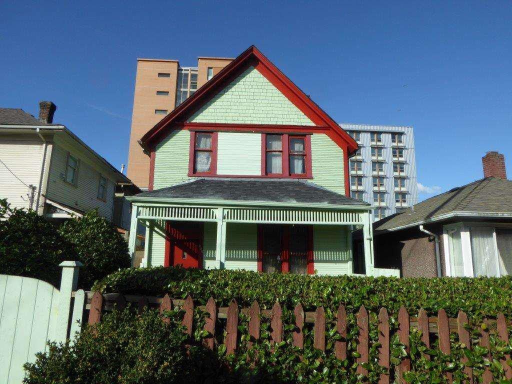 Main Photo: 605 E CORDOVA STREET in : Hastings House for sale : MLS®# R2044174