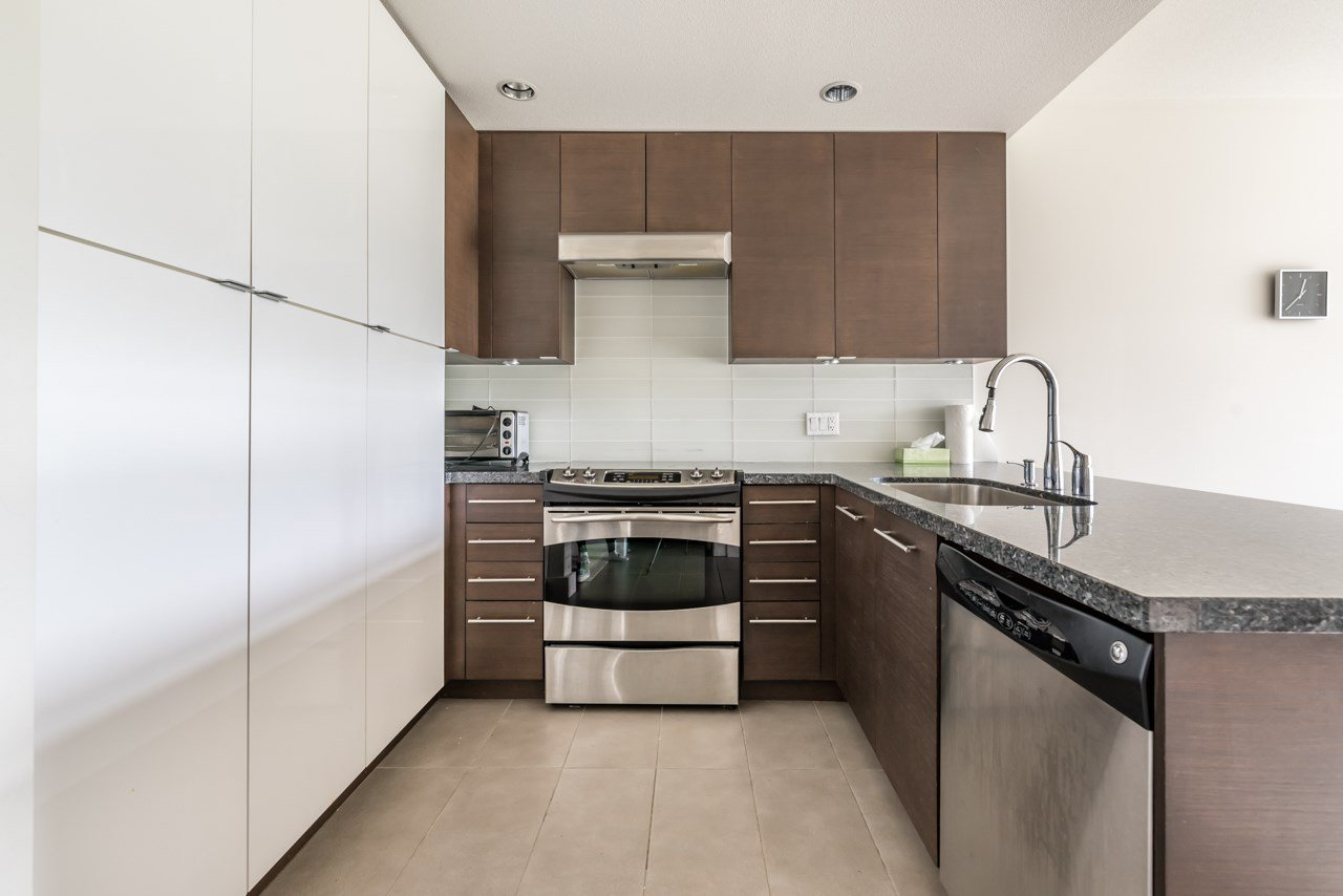 Main Photo: 409 5928 BIRNEY AVENUE in Vancouver: University VW Condo for sale (Vancouver West)  : MLS®# R2175135