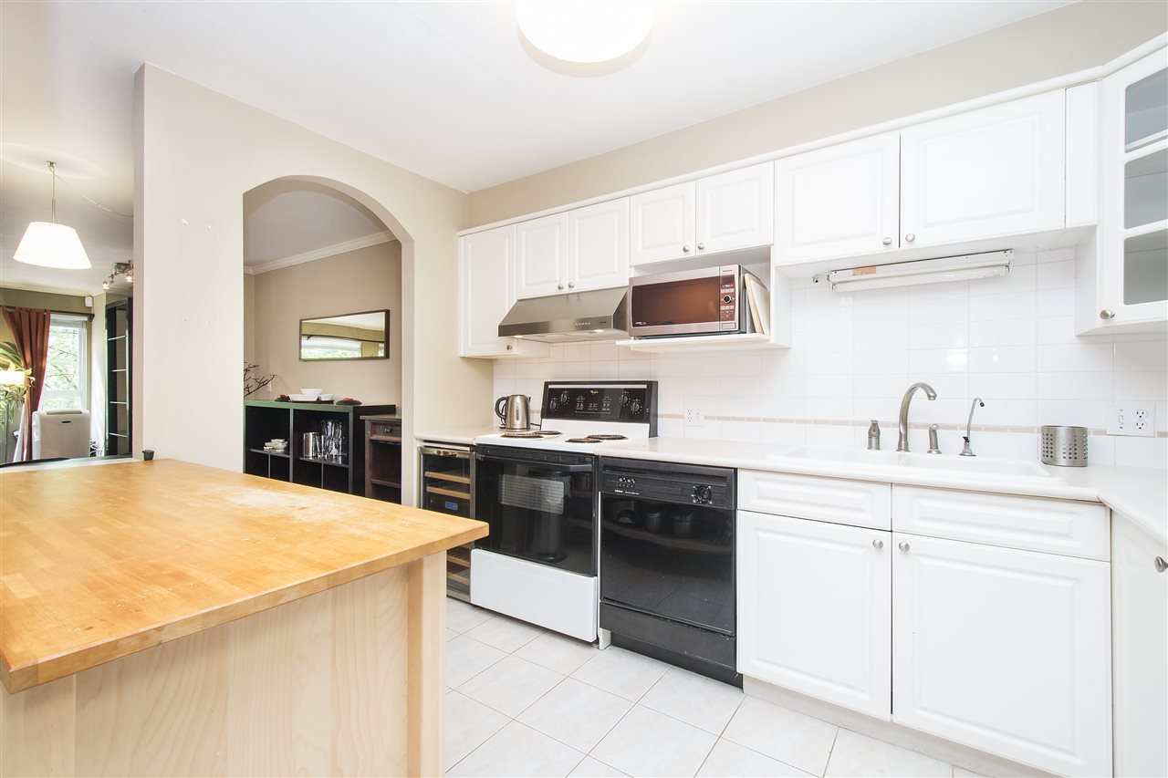 Main Photo: 209 1550 FELL AVENUE in North Vancouver: Hamilton Condo for sale : MLS®# R2184091