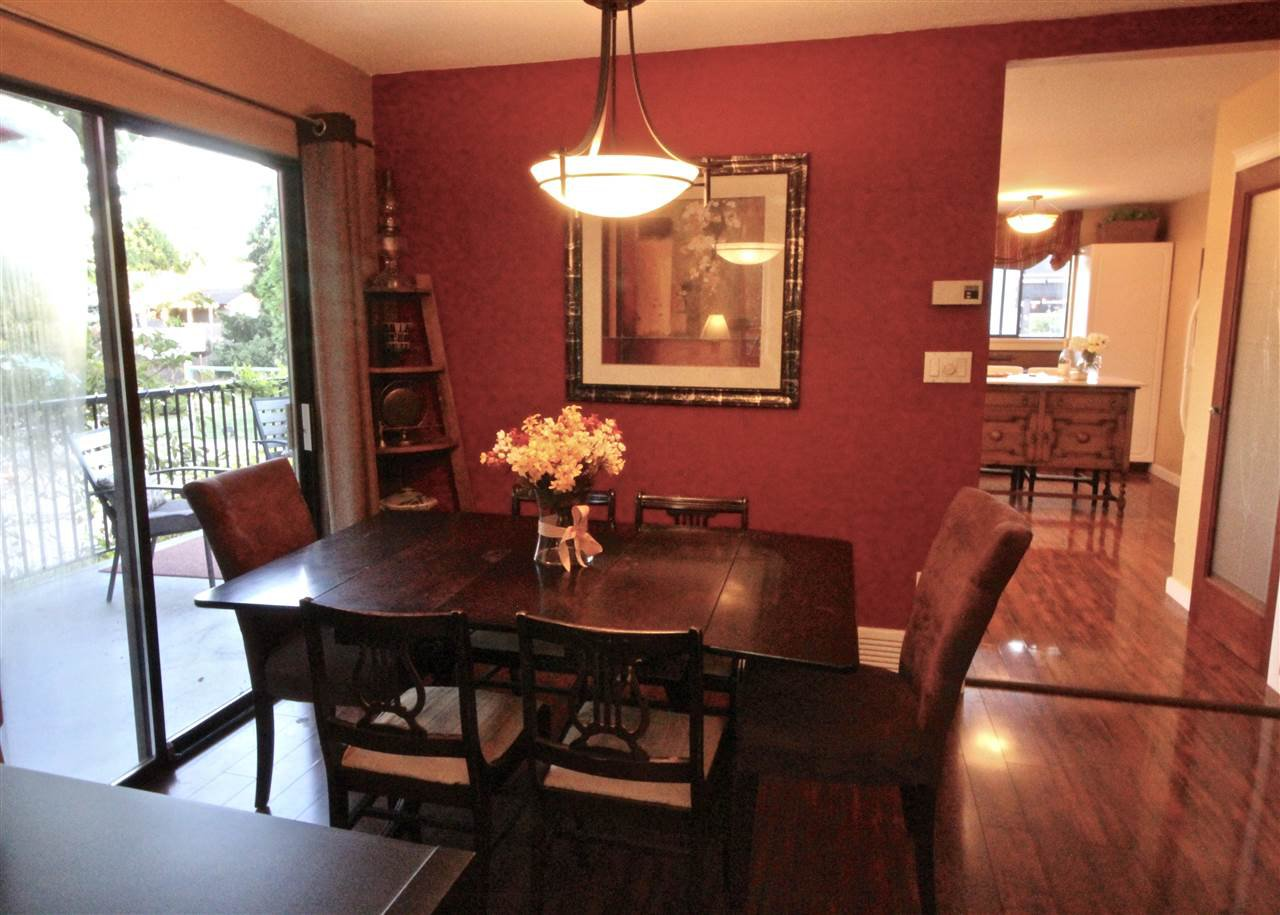 Photo 5: Photos: 13066 66A Avenue in Surrey: West Newton House for sale : MLS®# R2215014