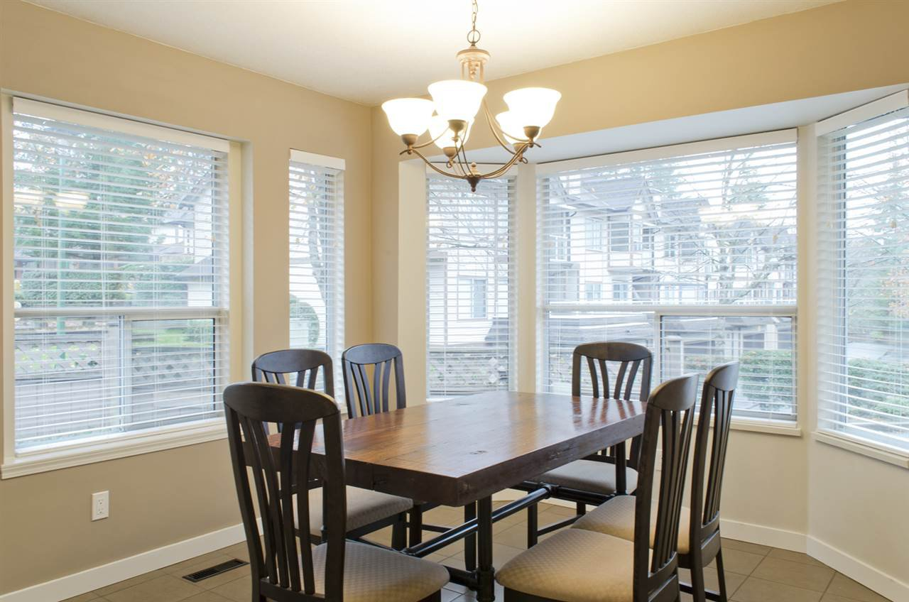 """Photo 9: Photos: 16 23151 HANEY Bypass in Maple Ridge: East Central Townhouse for sale in """"STONEHOUSE ESTATES"""" : MLS®# R2221490"""