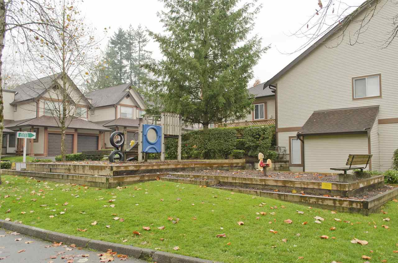 """Photo 19: Photos: 16 23151 HANEY Bypass in Maple Ridge: East Central Townhouse for sale in """"STONEHOUSE ESTATES"""" : MLS®# R2221490"""