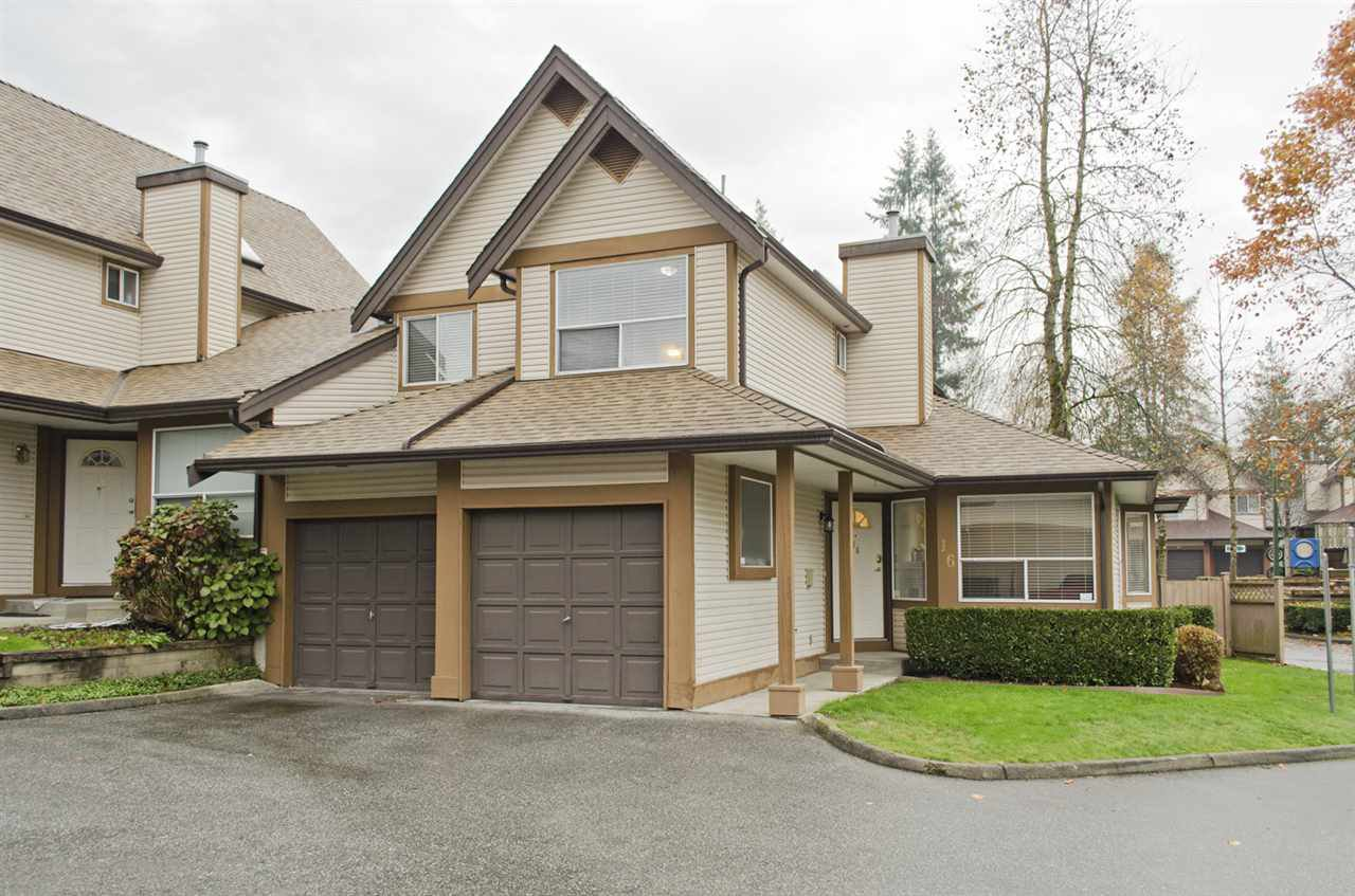 """Main Photo: 16 23151 HANEY Bypass in Maple Ridge: East Central Townhouse for sale in """"STONEHOUSE ESTATES"""" : MLS®# R2221490"""
