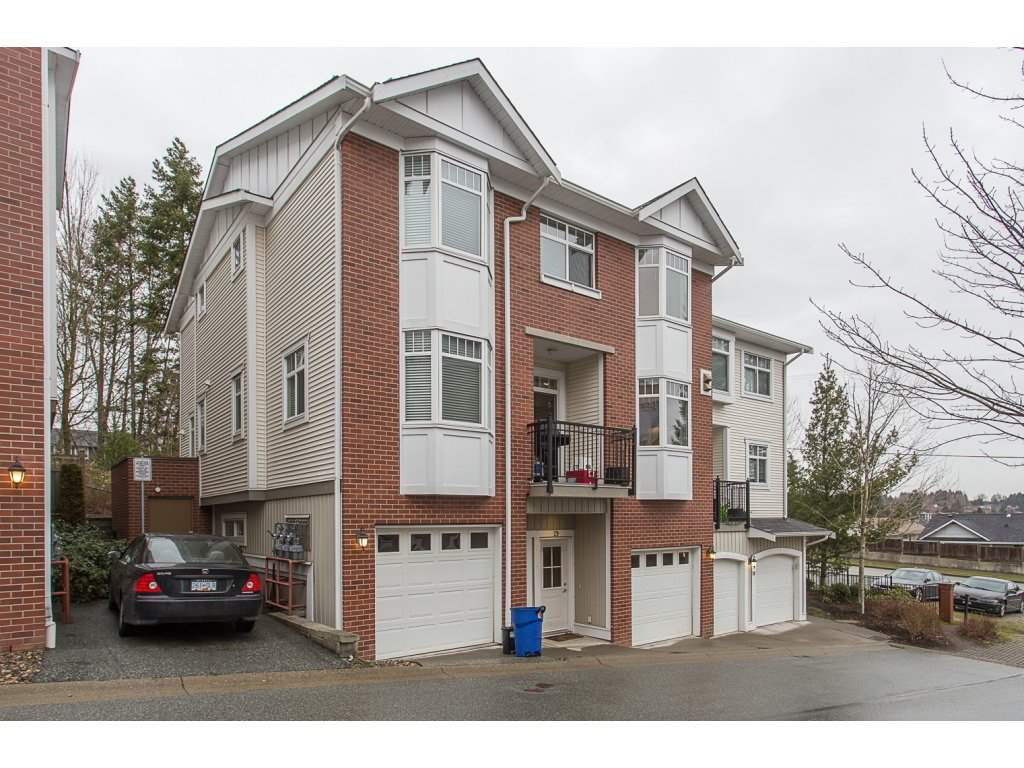 "Main Photo: 29 19551 66TH Avenue in Surrey: Clayton Townhouse for sale in ""Manhatten Skye"" (Cloverdale)  : MLS®# R2233038"
