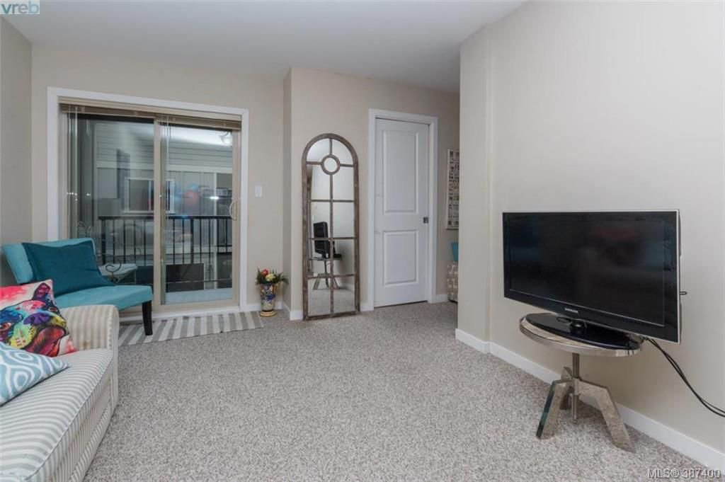 Photo 4: Photos: 106 2710 Peatt Rd in VICTORIA: La Langford Proper Row/Townhouse for sale (Langford)  : MLS®# 778444