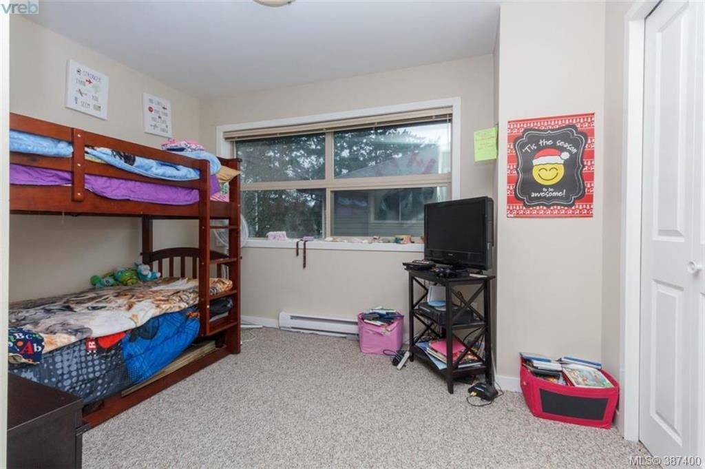 Photo 12: Photos: 106 2710 Peatt Rd in VICTORIA: La Langford Proper Row/Townhouse for sale (Langford)  : MLS®# 778444