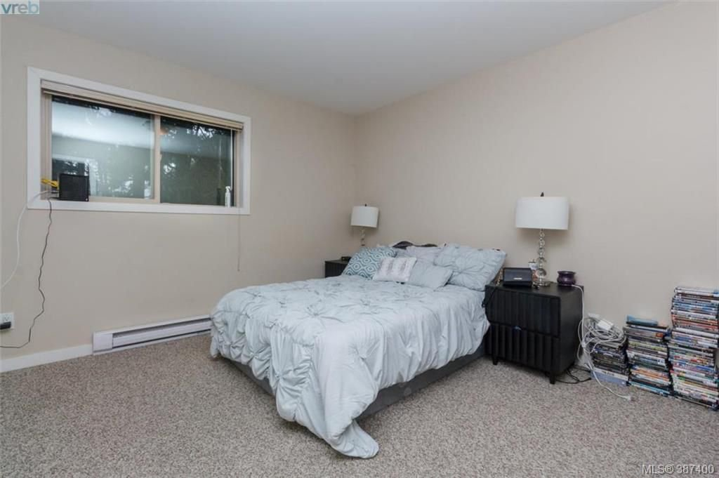 Photo 11: Photos: 106 2710 Peatt Rd in VICTORIA: La Langford Proper Row/Townhouse for sale (Langford)  : MLS®# 778444