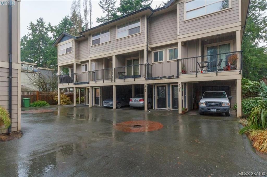 Photo 2: Photos: 106 2710 Peatt Rd in VICTORIA: La Langford Proper Row/Townhouse for sale (Langford)  : MLS®# 778444