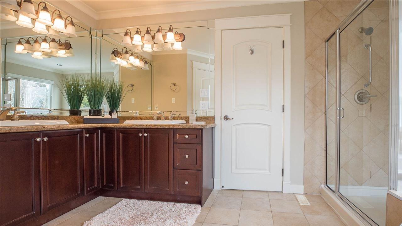 "Photo 14: Photos: 3689 159A Street in Surrey: Morgan Creek House for sale in ""Morgan Creek"" (South Surrey White Rock)  : MLS®# R2243280"