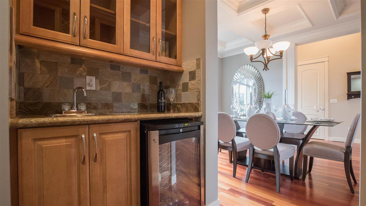 "Photo 11: Photos: 3689 159A Street in Surrey: Morgan Creek House for sale in ""Morgan Creek"" (South Surrey White Rock)  : MLS®# R2243280"