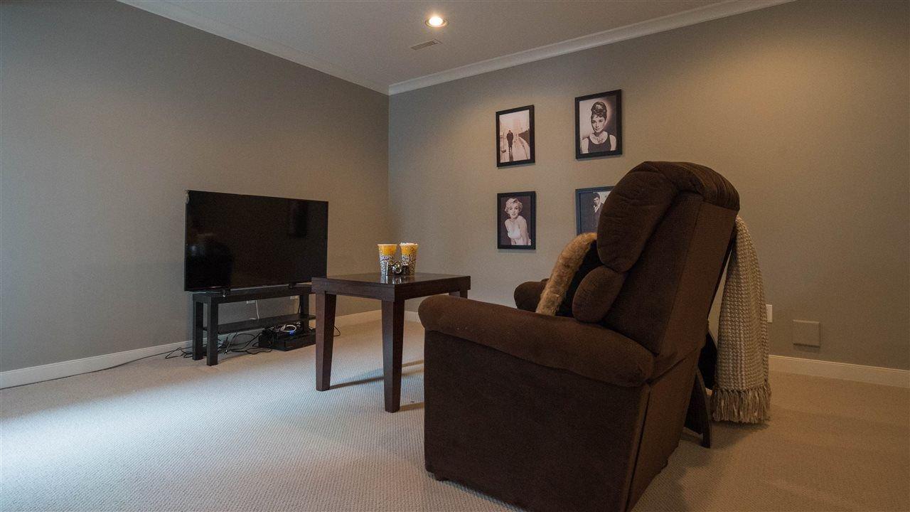 "Photo 17: Photos: 3689 159A Street in Surrey: Morgan Creek House for sale in ""Morgan Creek"" (South Surrey White Rock)  : MLS®# R2243280"