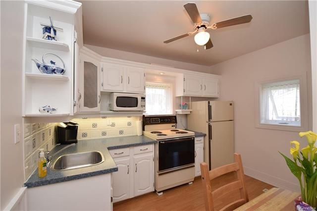 Photo 5: Photos: 19 Sherwood Place in Winnipeg: St Vital Residential for sale (2D)  : MLS®# 1812341
