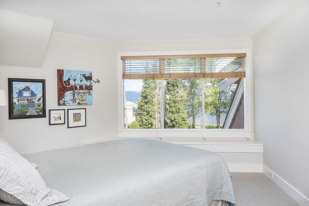 Photo 12: Photos: 2659 YORK Avenue in Vancouver: Kitsilano House 1/2 Duplex for sale (Vancouver West)  : MLS®# R2273666