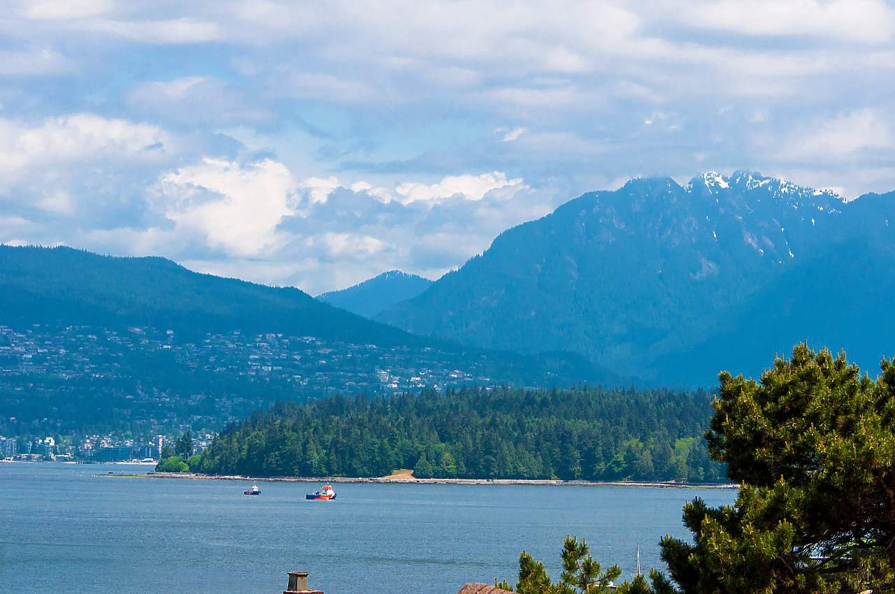 Photo 19: Photos: 2659 YORK Avenue in Vancouver: Kitsilano House 1/2 Duplex for sale (Vancouver West)  : MLS®# R2273666