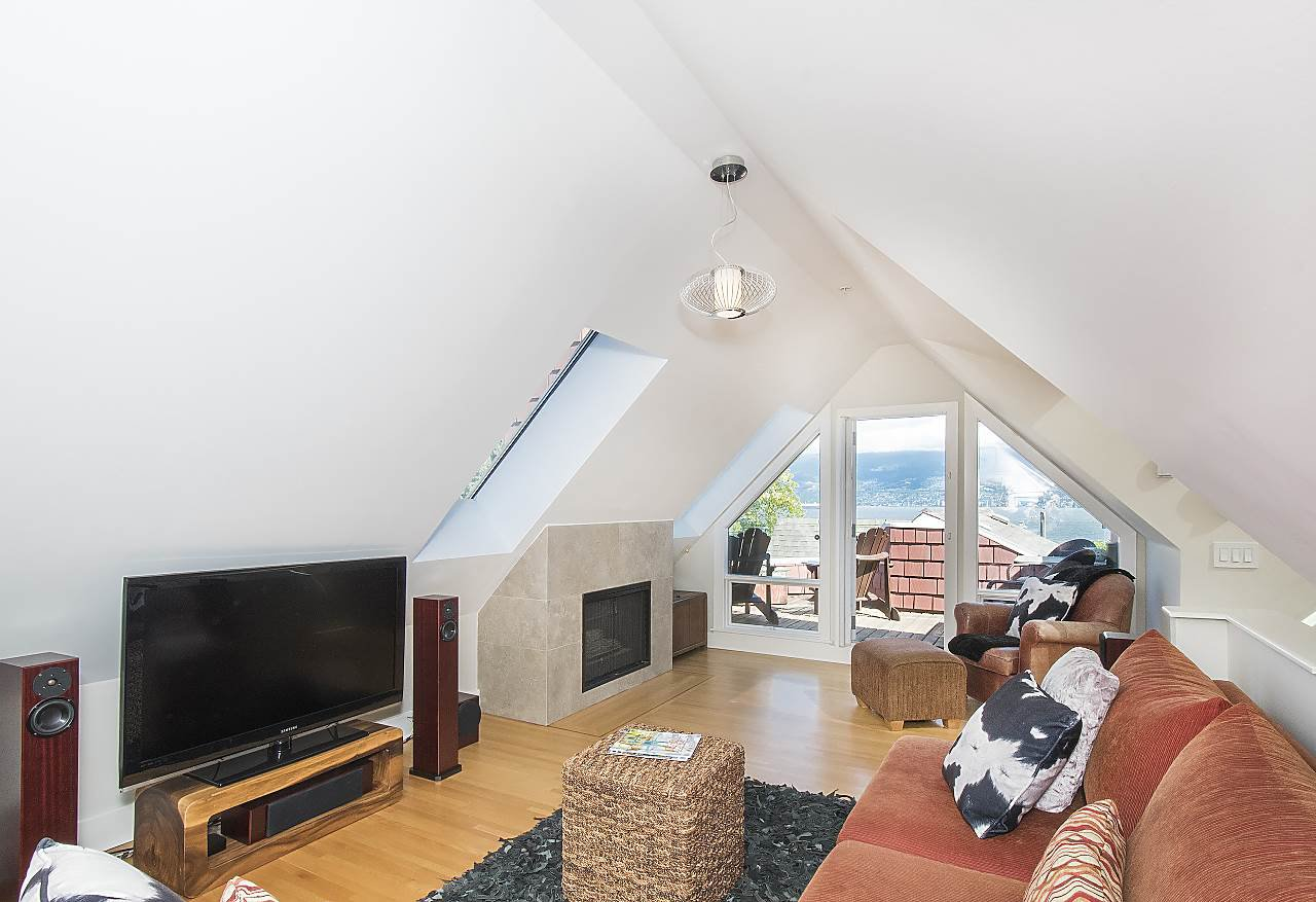 Photo 14: Photos: 2659 YORK Avenue in Vancouver: Kitsilano House 1/2 Duplex for sale (Vancouver West)  : MLS®# R2273666