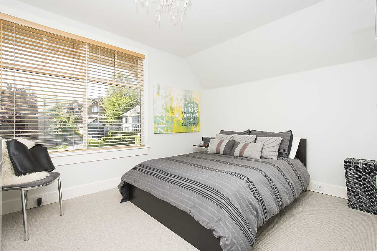 Photo 11: Photos: 2659 YORK Avenue in Vancouver: Kitsilano House 1/2 Duplex for sale (Vancouver West)  : MLS®# R2273666