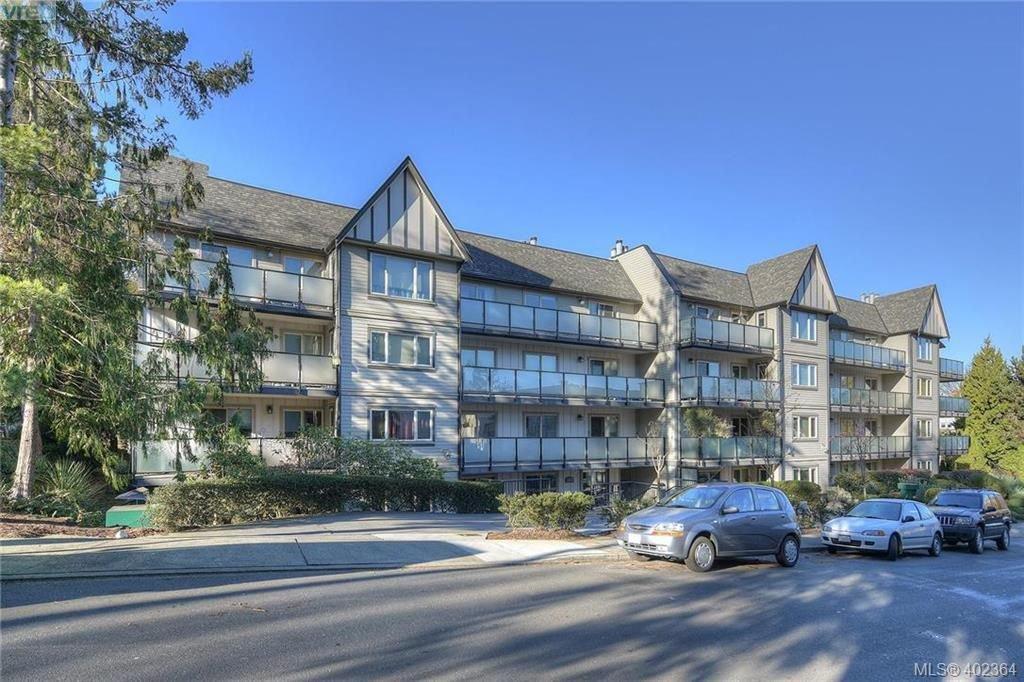 Main Photo: 305 1436 Harrison St in VICTORIA: Vi Downtown Condo Apartment for sale (Victoria)  : MLS®# 802909