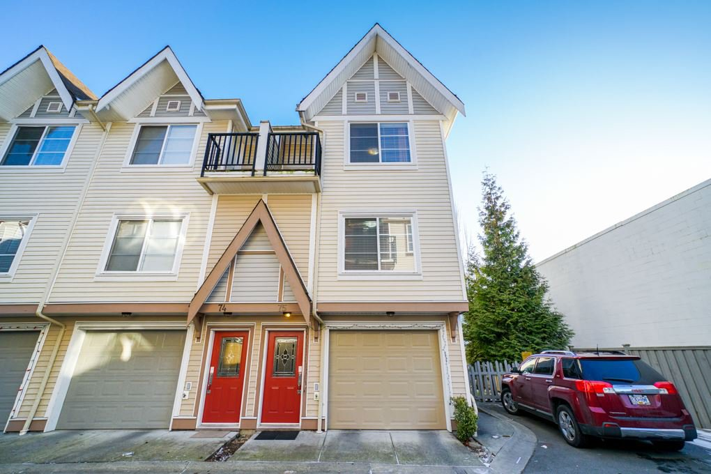 Main Photo: 75 9405 121 Street in Surrey: Queen Mary Park Surrey Townhouse for sale : MLS®# R2339036