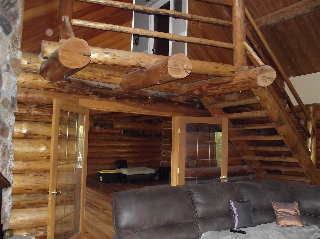 """Photo 7: Photos: 5615 COURVAL Road in Prince George: Buckhorn House for sale in """"BUCKHORN"""" (PG Rural South (Zone 78))  : MLS®# R2374346"""