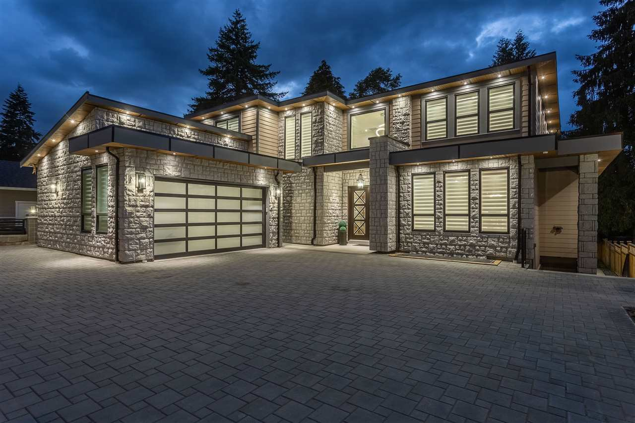 Main Photo: 1125 BARTLETT Avenue in Coquitlam: Harbour Chines House for sale : MLS®# R2376031