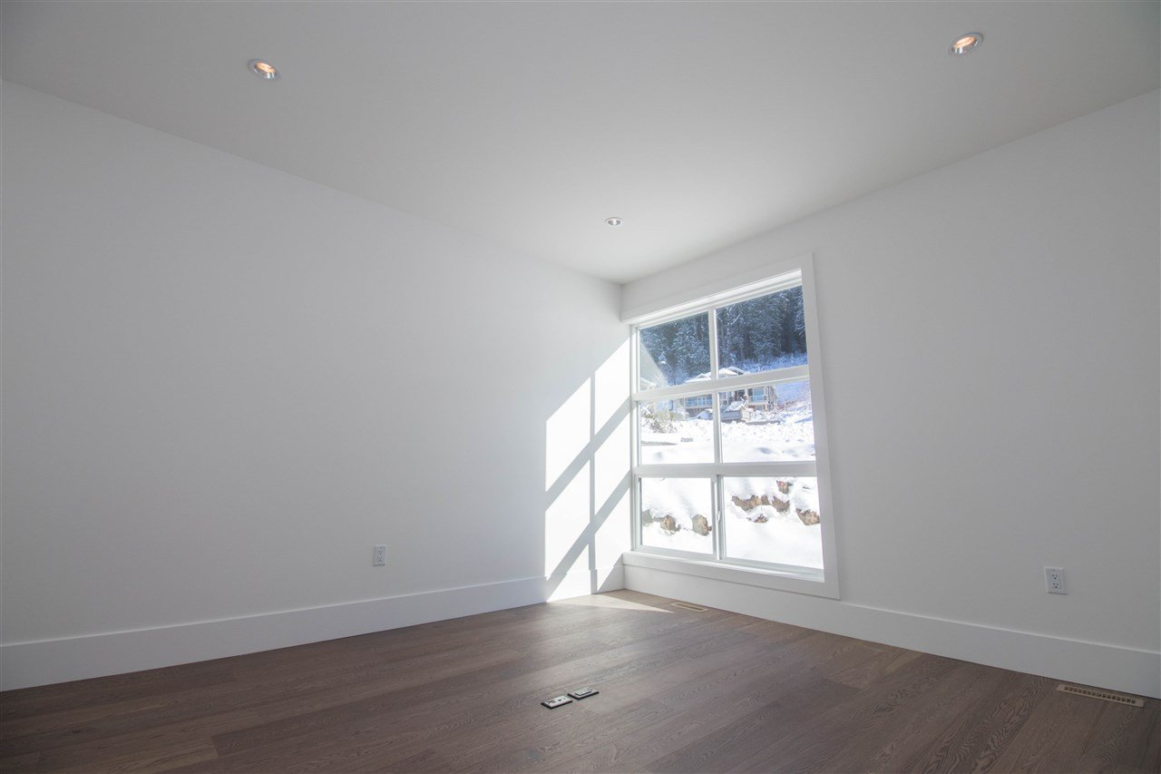 "Photo 19: Photos: 11035 CARMICHAEL Street in Maple Ridge: Whonnock House for sale in ""Grant Hill Estates"" : MLS®# R2398749"