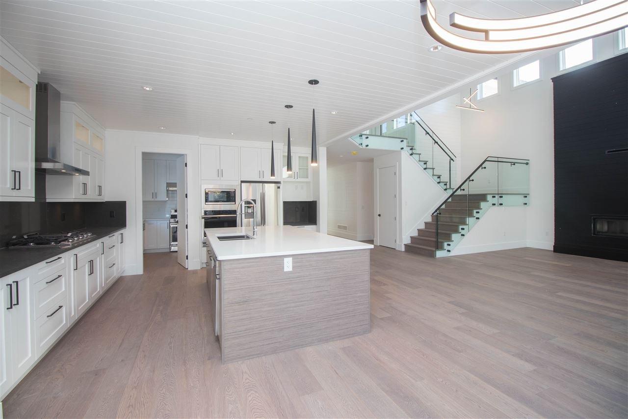 "Photo 4: Photos: 11035 CARMICHAEL Street in Maple Ridge: Whonnock House for sale in ""Grant Hill Estates"" : MLS®# R2398749"