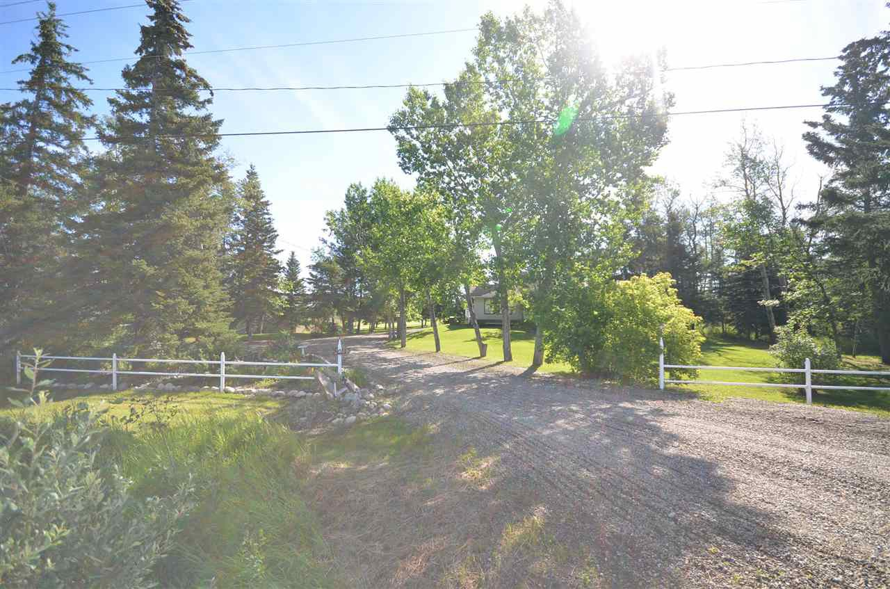 Photo 4: Photos: 13314 MONTNEY Road in Fort St. John: Fort St. John - Rural W 100th House for sale (Fort St. John (Zone 60))  : MLS®# R2477394