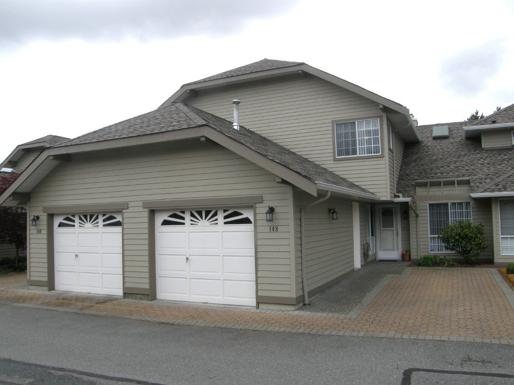 Main Photo: 148 16275 15 Avenue in Surrey: Townhouse for sale : MLS®# F1209049
