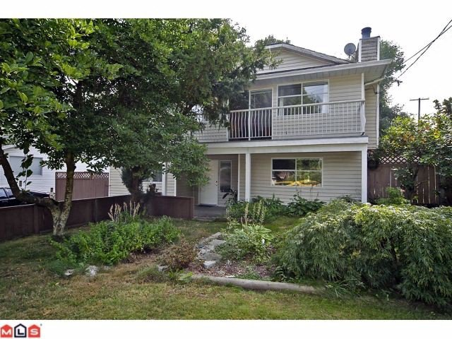Main Photo: 11310 Surrey Road in Surrey: House for sale : MLS®# F1224105