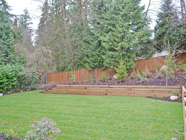 "Photo 19: Photos: 1312 LANSDOWNE Drive in Coquitlam: Upper Eagle Ridge House for sale in ""EAGLERIDGE"" : MLS®# V1039751"
