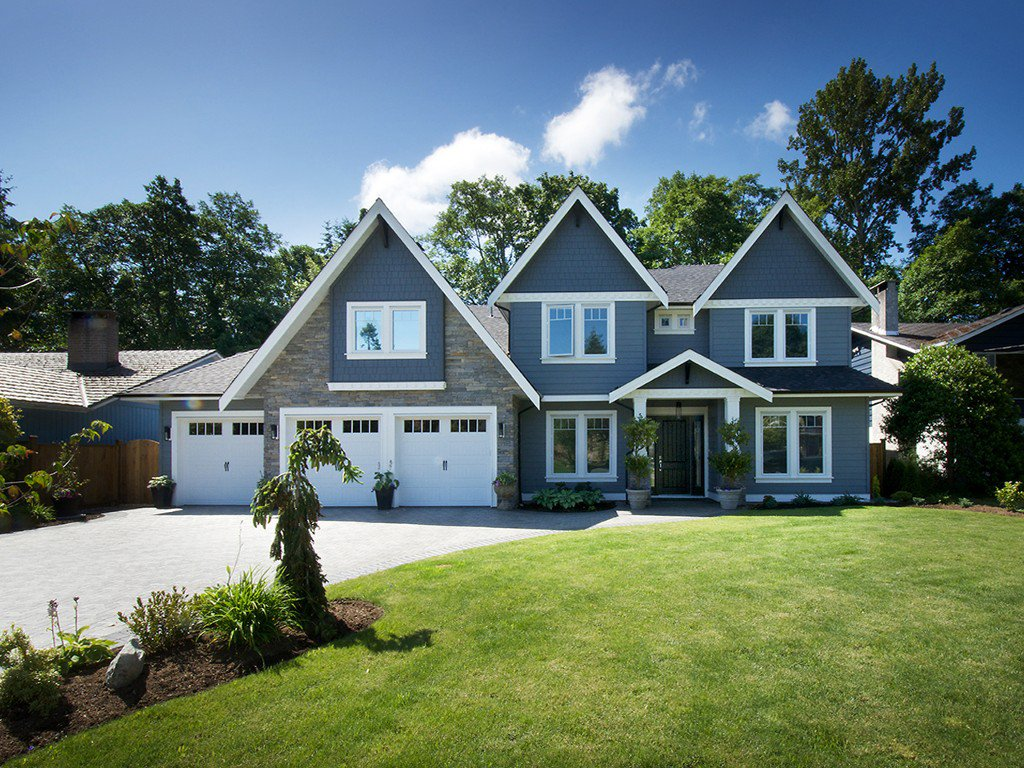 """Main Photo: 5078 CLIFF Drive in Tsawwassen: Cliff Drive House for sale in """"CLIFF DRIVE"""" : MLS®# V1070144"""